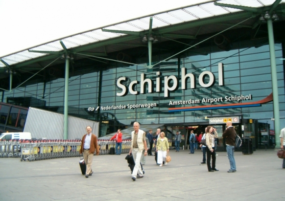 schiphol-airport-most