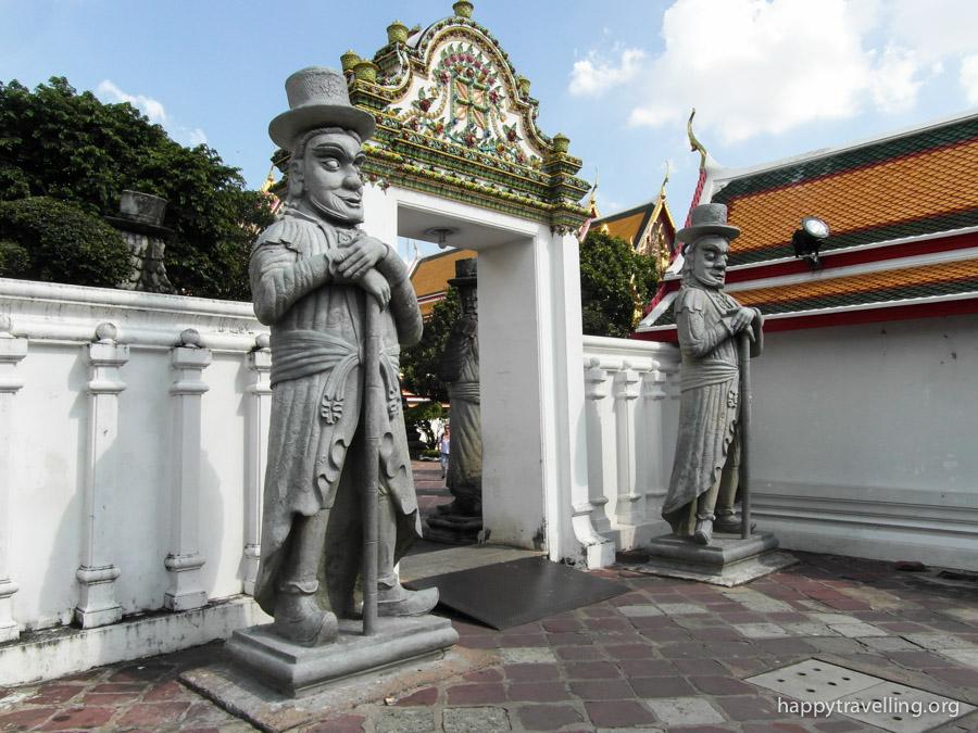 скульптуры Ват По