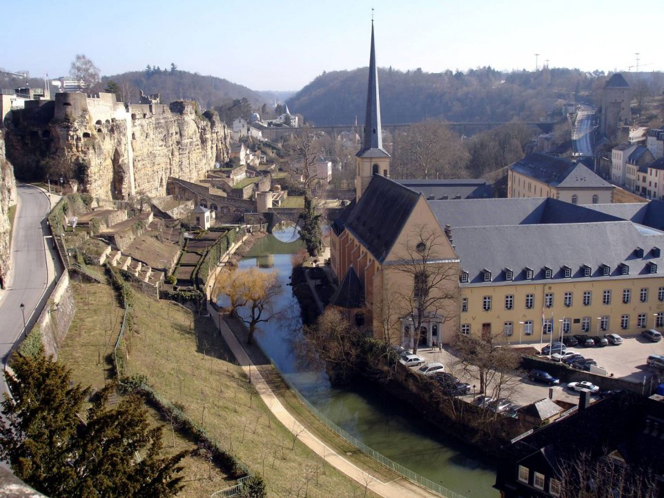 Luxembourg-center1_962x722