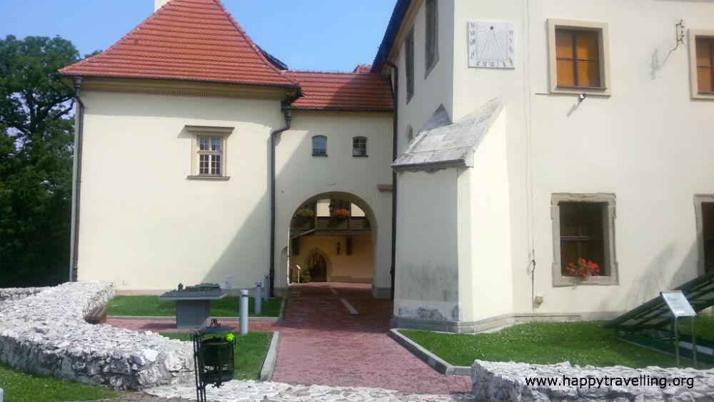 замок с музеем жуп краковских