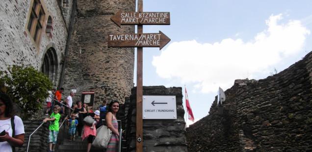 вид из замка вианден в люксембурге