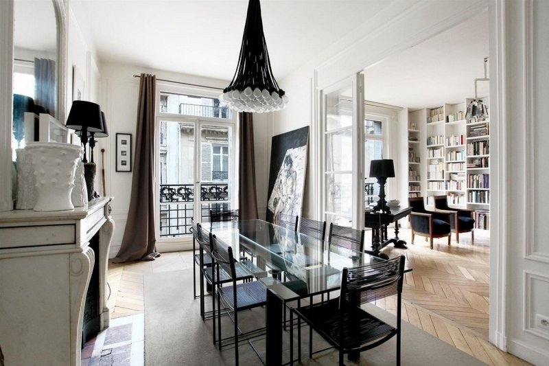 5_french_interior_800x533