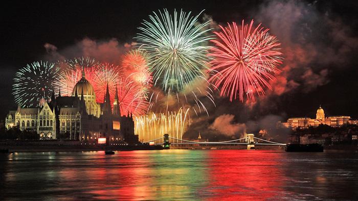 Летим из Варшавы на Новый год и в январе от 40 евро в обе стороны!