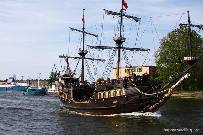 туристический кораблик в Гданьске