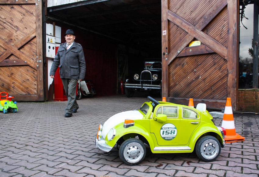 Музей автомобилей под Варшавой