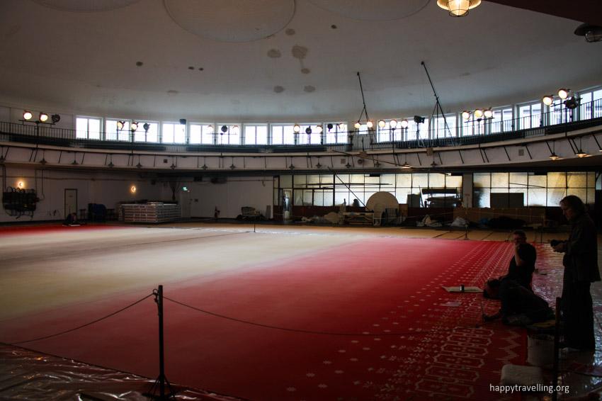 зал в театре