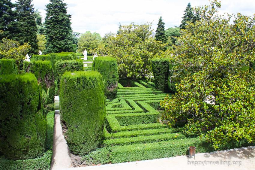 сады Королевского дворца в Мадриде