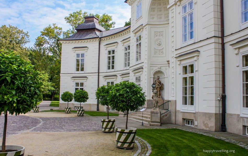 Мысливецкий дворец